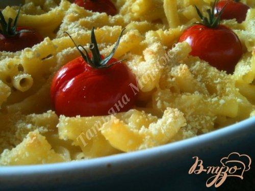 Макаронная запеканка с сыром и томатами
