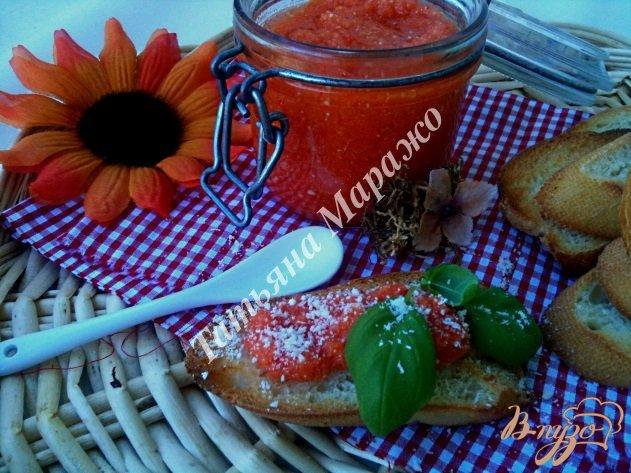 Фото приготовление рецепта: Острый закусочный соус шаг №4