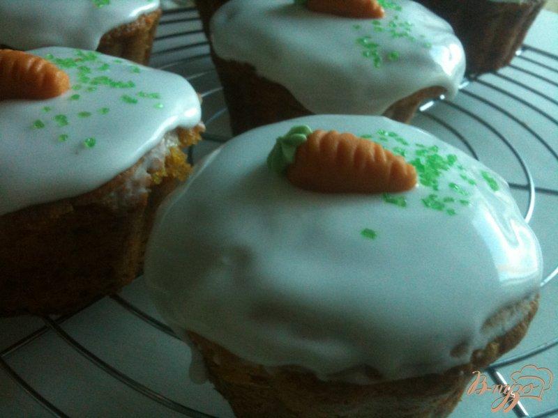Фото приготовление рецепта: Кексы морковно-имбирные с медом шаг №11