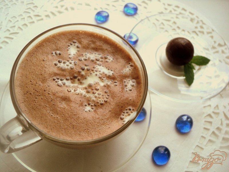 Фото приготовление рецепта: Кофе «Голливуд» шаг №4