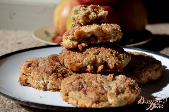 Фото приготовление рецепта: Яблочные сконы шаг №8