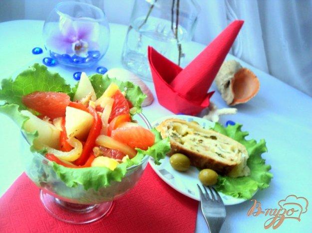 фото рецепта: Грушевый салат со сладким перцем
