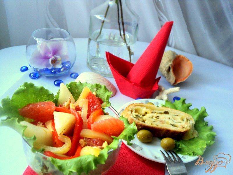 Фото приготовление рецепта: Грушевый салат со сладким перцем шаг №5