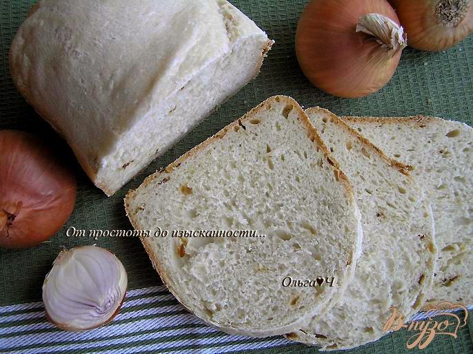 Фото приготовление рецепта: Хлеб с жареным луком шаг №5