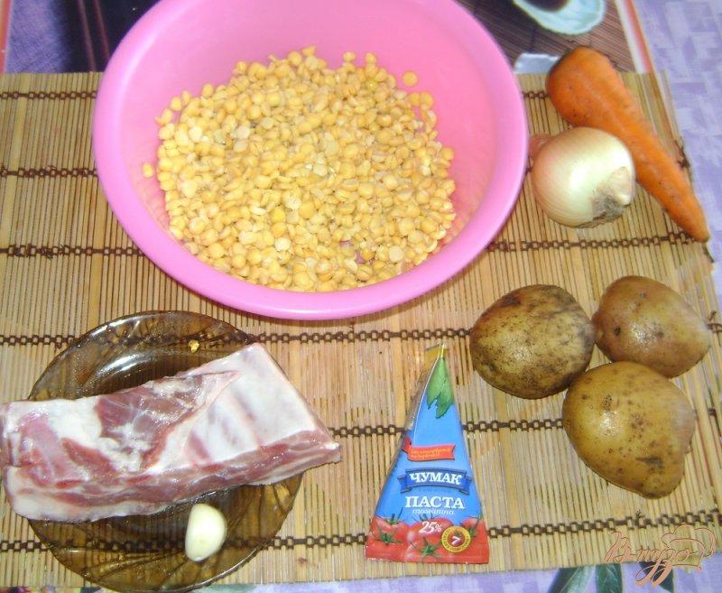 Фото приготовление рецепта: Гороховый суп со свиными ребрышками шаг №1