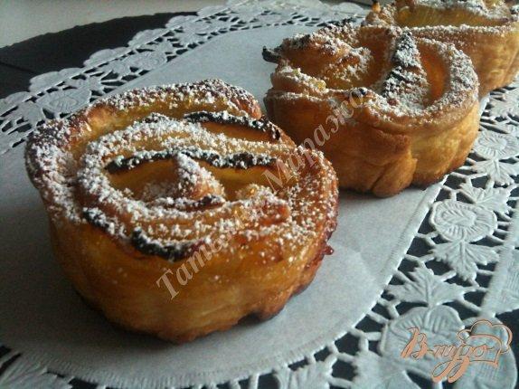 Рецепт Слойки-розочки с ананасом