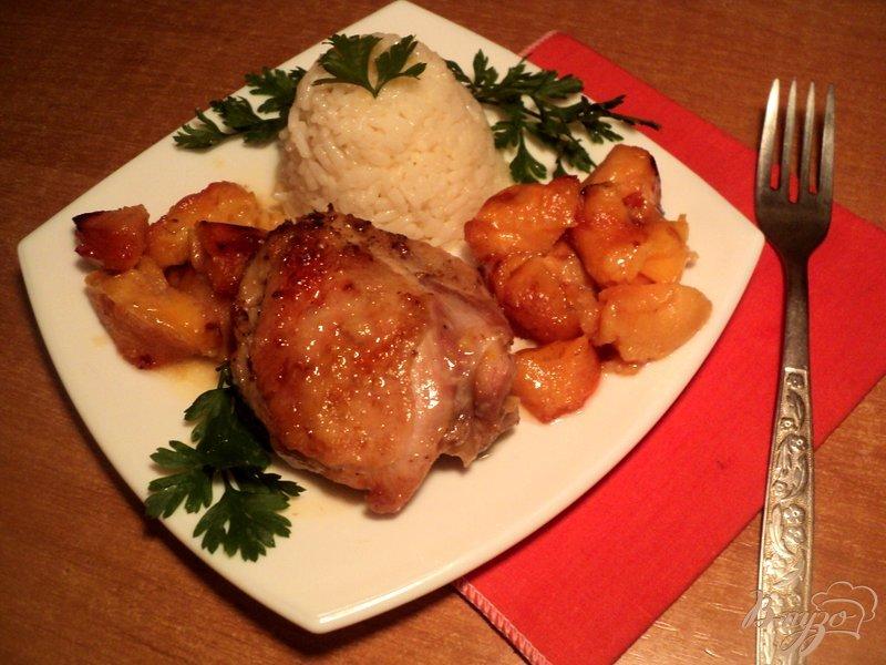 Фото приготовление рецепта: Курица с айвой шаг №6