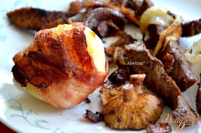 Фото приготовление рецепта: Беконовый ужин шаг №4