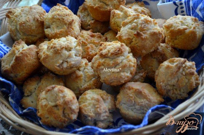 Фото приготовление рецепта: Сметанные булочки к обеду шаг №3