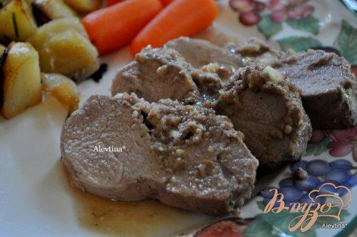Свинина в ореховом соусе