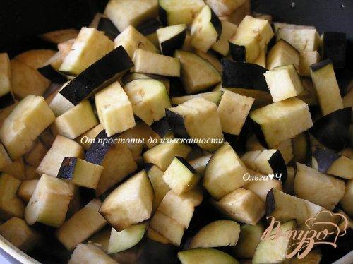 Рагу из баклажан с оливками и базиликом