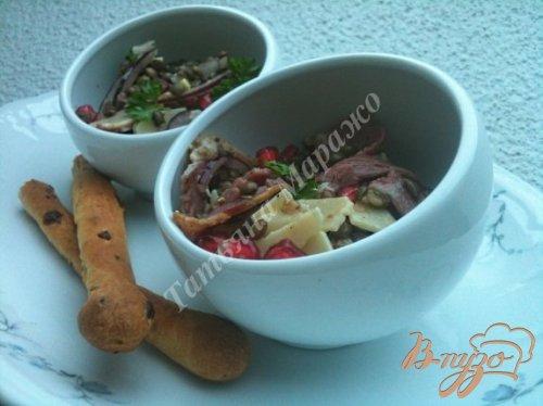 Салат из чечевицы с зернами граната