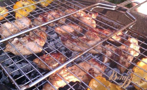 Свиные ребрышки на решетке