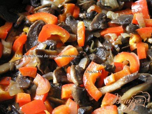 Фриттата с грибами, овощами и сыром фета