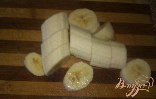 Яблочный компот с вишней и бананом