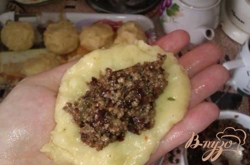 Картофельные пирожки с печенкой