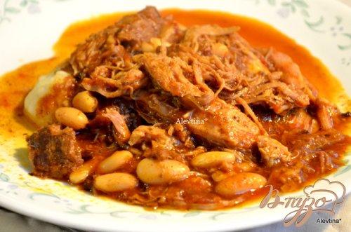 Суп со свининой и фасолью