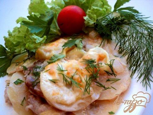 Картофель, запеченный с кабачками и мясом