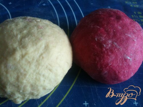 Равиоли с овечьим сыром и свеклой
