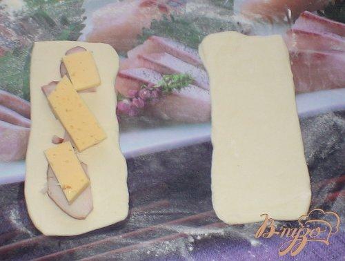 Курица с сыром в слоеном тесте