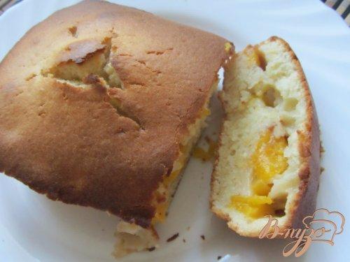 Пирог с персиковой начинкой на скорую руку