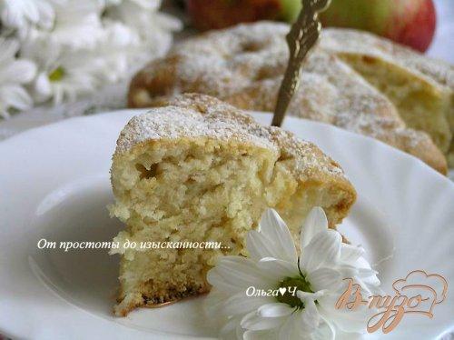Шарлотка с яблоками (постная)