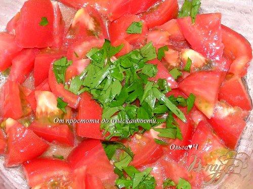 Салат с помидорами и кунжутом