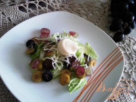 Рецепт Салат из винограда и сыра