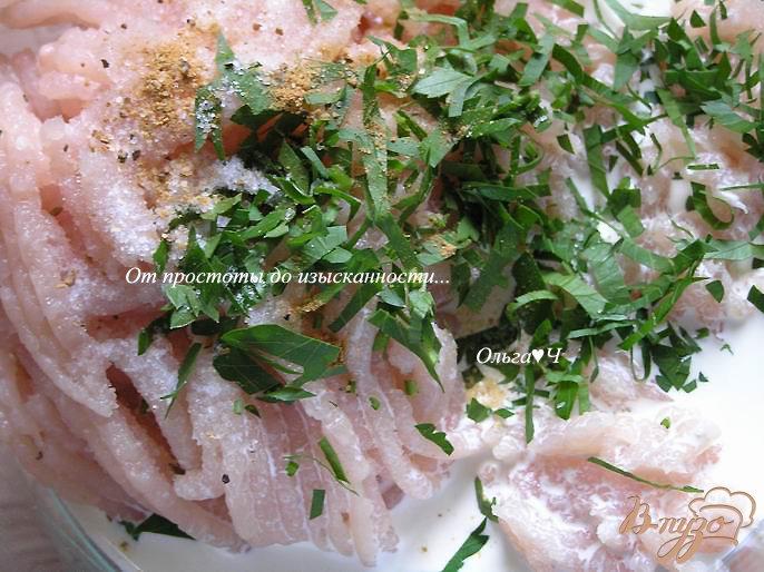 Фото приготовление рецепта: Морбиделле из курицы с шампиньонами и горошком шаг №1