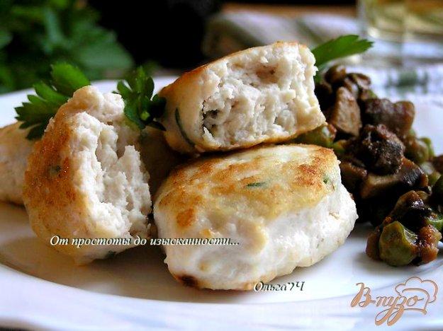 фото рецепта: Морбиделле из курицы с шампиньонами и горошком