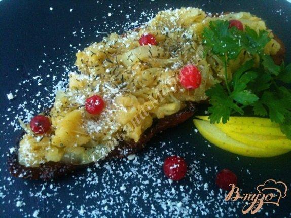 Рецепт Свинной шницель под яблочно-луковой шапочкой
