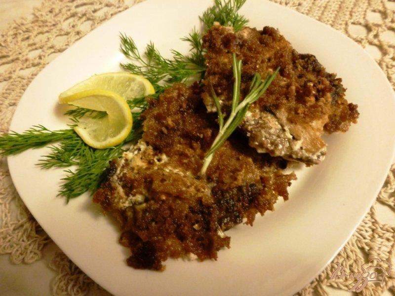 Фото приготовление рецепта: Оленина со сливками под хлебной крошкой шаг №5