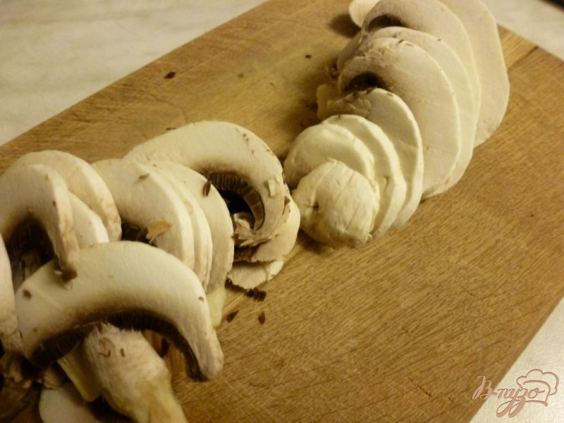 Фото приготовление рецепта: Карпаччо из шампиньонов шаг №3