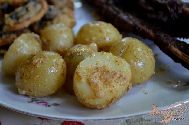фото рецепта: Молодой картофель с горчицей