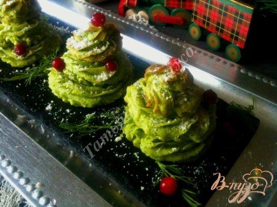 Фото приготовление рецепта: Картофельные елочки шаг №6