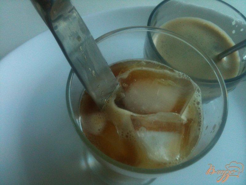 Фото приготовление рецепта: Кофейный напиток шаг №4