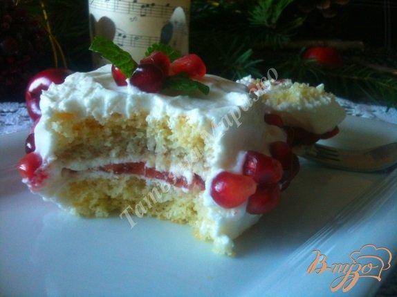 Фото приготовление рецепта: Бисквитные пирожные шаг №9
