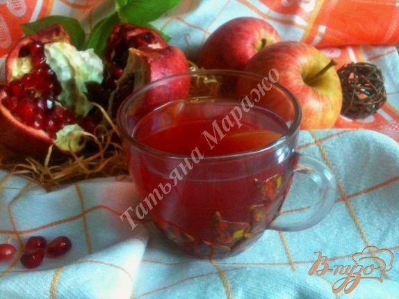 Фото приготовление рецепта: Компот яблочно-гранатовый с имбирем шаг №5