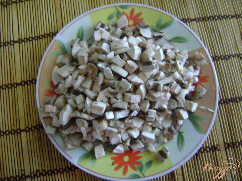 Фото приготовление рецепта: Свекольно-грибной салат шаг №2