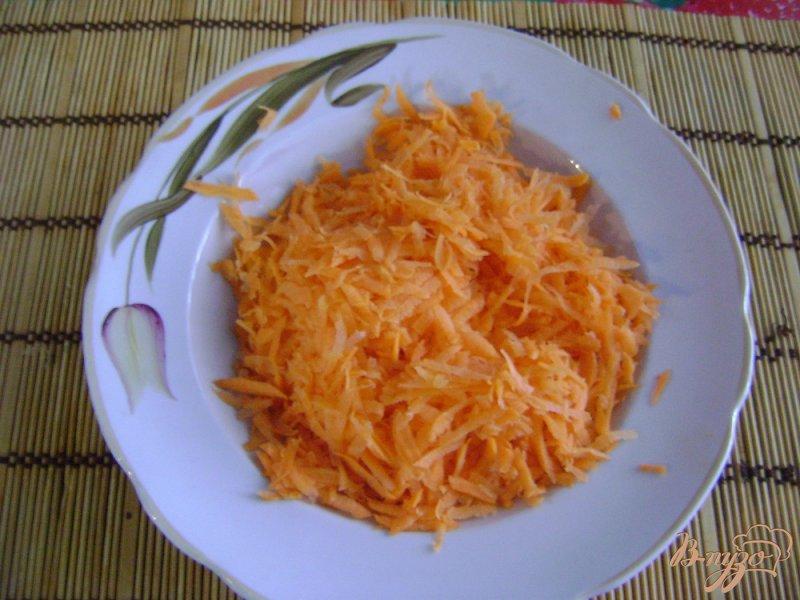 Фото приготовление рецепта: Голубцы на овощной подушке шаг №5