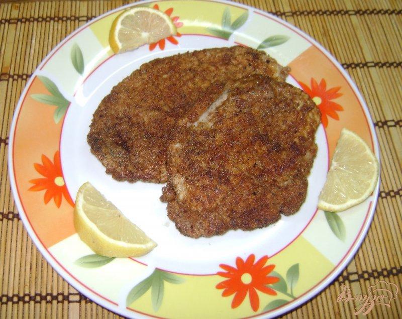 Фото приготовление рецепта: Шницель со свининой шаг №5