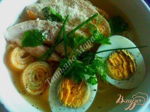 Фото приготовление рецепта: Суп с блинной лапшой на курином бульоне шаг №6