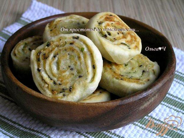 фото рецепта: Картофельные рулеты с кунжутом
