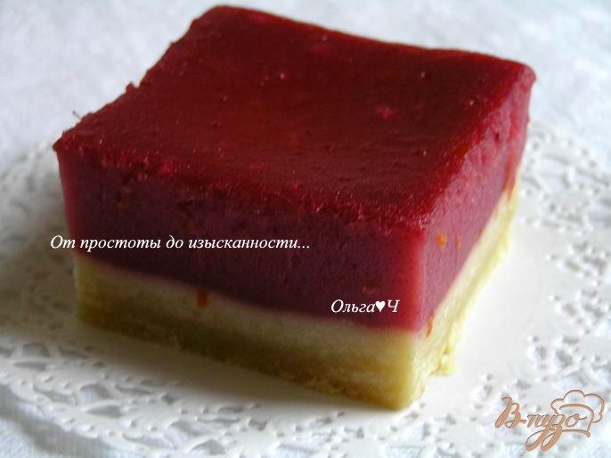 Лимонно-малиновое пирожное