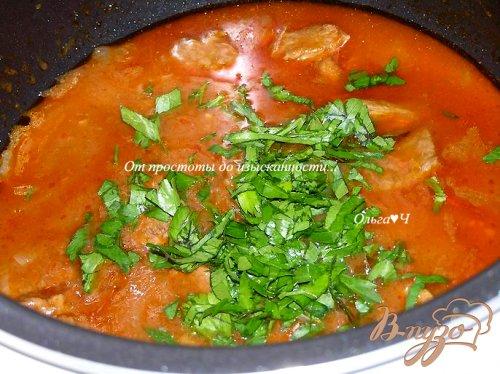 Говядина в томатном соусе (в мультиварке)