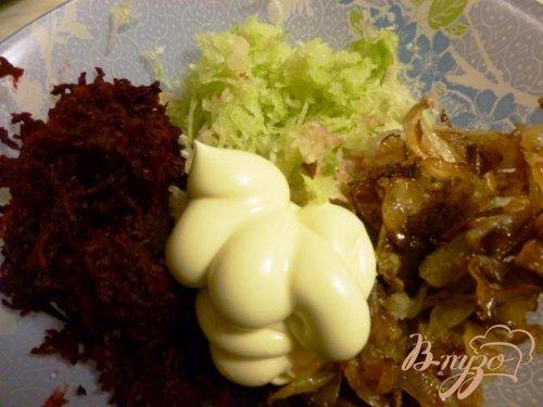 Салат из зеленой редьки и свеклы