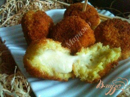 Сыр в рисовой шубе