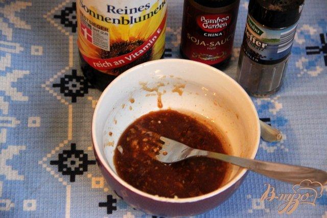 Фото приготовление рецепта: Картофель в соевом соусе шаг №2
