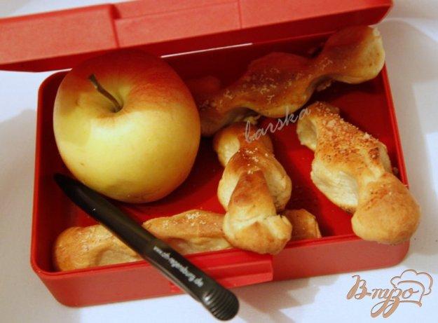 фото рецепта: Хлебные палочки с пармезаном