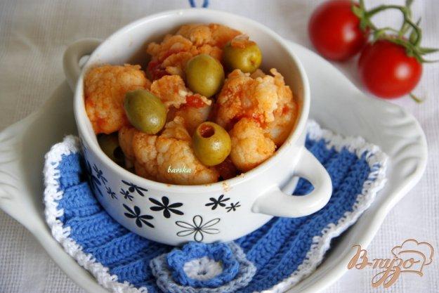 Рецепт Цветная капуста с оливками в томатном соусе